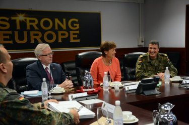 Brigadier General Markus Laubenthal, Chief of Staff U.S Army Europe with Minister Lucia Puttrich August 2015