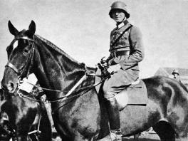 Colonel Graf von Stauffenberg at the 17th Cavalery Regiment in Bamberg 1926