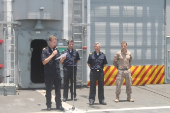 Op-Atalanta-Force-Commander-addresses-the-crew-of-Santa-Maria-in-Spanish Sep.5 2016
